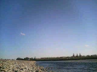 多摩川の青空