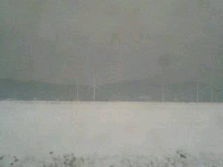 雪の風車村